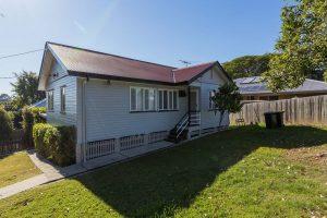 Rental property in Mount Gravatt East